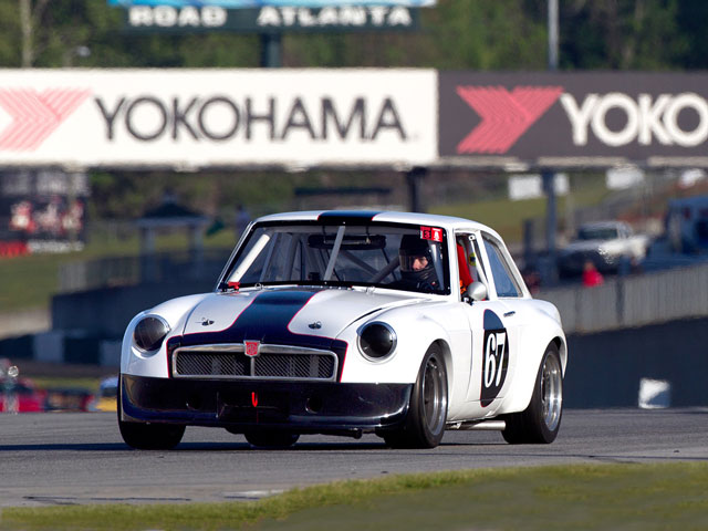 Doug DeLong - vintage road racing - 1973 MGB GT